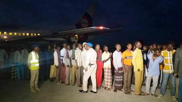 Photo of 114 Somali Prisoners Released From Ethiopia Arrive in Mogadishu.