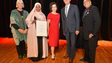 Photo of Somali Canadian Wins 10K Literary Prize For Her Poetry on Muslim Identity in Canada