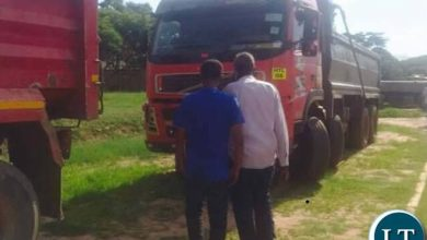 Photo of Somali Community in Zambia donate 35 trucks for garbage collection