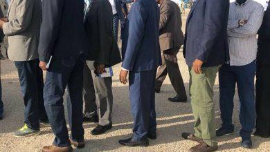 Photo of Daawo Sawirro Gud. Jawaari oo la sheegayo in uu ilaalo hubeysan la galay baarlamaanka