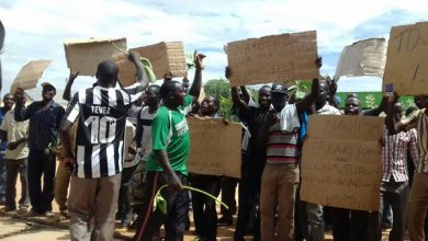 Photo of Kenya's Stone Miners Protest Closure Of Quarries Over Al-Shabab Attacks
