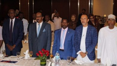 Photo of Mogadishu Mayor Meets With Somali Community In UAE