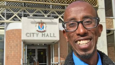 Photo of Somali refugee elected Victoria city councillor in first election he votes in