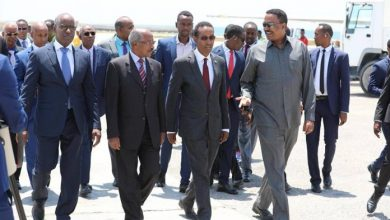 Photo of Ethiopian And Eritrean Foreign Ministers Land In Mogadishu