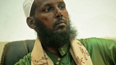 Photo of Ex al-Shabab leader allowed to run for office
