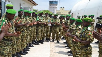 Photo of AU fetes Burundian troops with medals for their distinguished service in Somalia