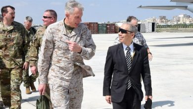 Photo of US Africa Commander Meets With Somali President