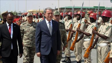 Photo of Turkish defense minister in Somalia for talks