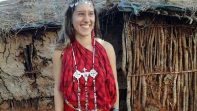 Photo of Abducted Italian volunteer Silvia Romano is alive and in Kenya