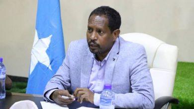 Photo of Farmajo Won Hearts And Minds Of His People, Mogadishu Mayor Tells Ex-Kenyan MP
