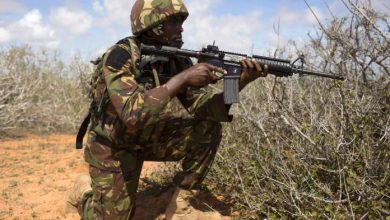 Photo of KDF Arrests Al Shabaab Members Planting Explosives In Lamu County