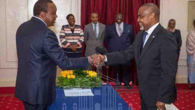 Photo of Uhuru Receives Credentials Of New Somali Ambassador To Kenya