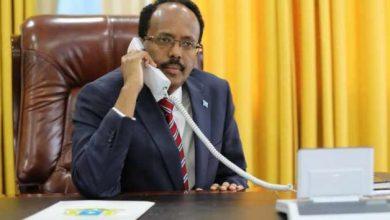 Photo of Somali, Kenyan Leaders Speak On The Phone After Nairobi Attack