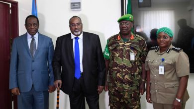 Photo of Hirshabelle state president holds crucial meeting with Amisom on planned troops cut back