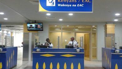 Photo of Three Somalia officials stranded at Kenyan Airport