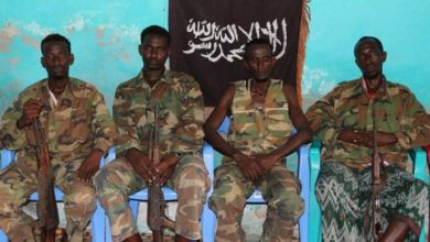 Photo of Al-Shabaab Parades Ten Soldiers It Said Defected From Jubbaland