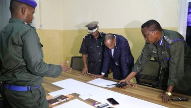 Photo of Somali PM Pays Inspection To Police Headquarters In Mogadishu