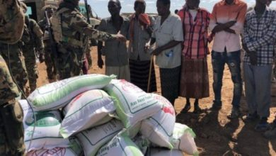 Photo of Somali Army Distributes Food Aid To Residents In Lower Shabelle Region