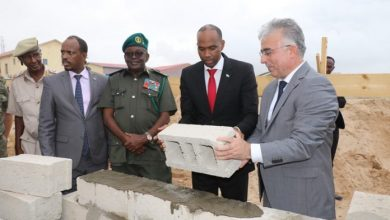 Photo of Turkish Funds Gives Somali Armed Forces A Textile Factory
