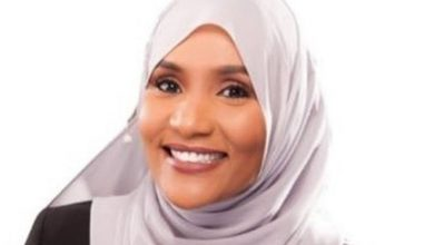 Photo of Loved ones of Somali-Canadian journalist Hodan Nalayeh mourn after terrorist attack
