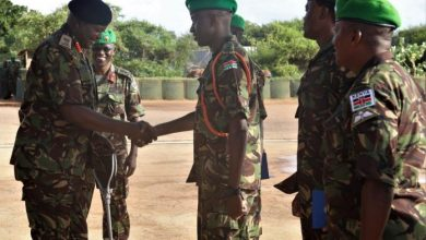 Photo of Kenyan Army Commander Visits KDF In Somalia Week After Al-Shabaab's Deadly Attack