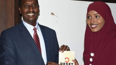 Photo of Governor Abdi urges writers to document rich Somali culture