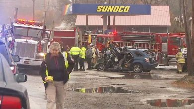 Photo of Lewiston's Somali community mourns deaths in Sabattus crash