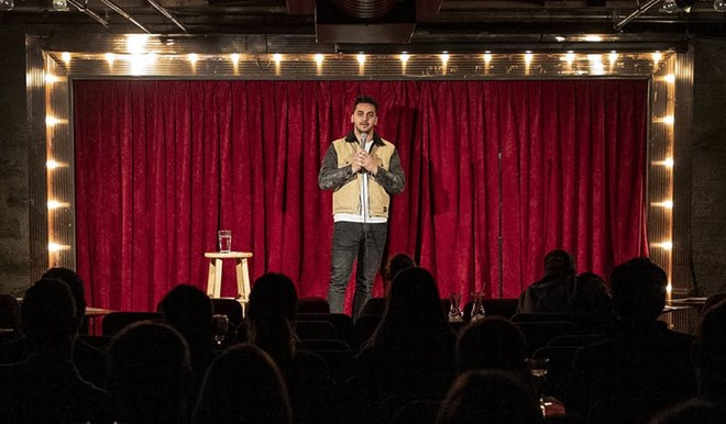 Photo of Muslim comics are opening up about their faith on the stand-up circuit