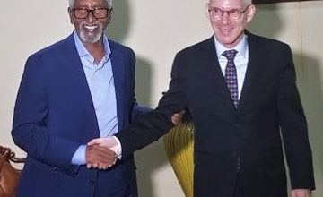 Photo of UN Envoy Holds Meeting With Somali Senate Speaker In Mogadishu