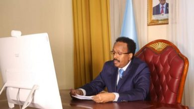 Photo of Farmajo Attends IGAD Emergency Meeting On Covid-19