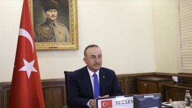 Photo of Turkey's top diplomat attends conference on Somalia