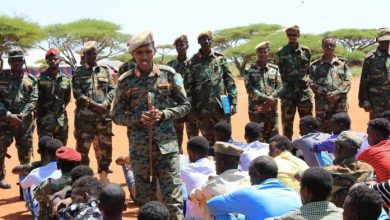 Photo of SNA Chief Holds Talks With Military Officials In Galmudug