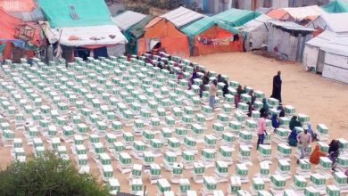 Photo of Saudi Arabia Distributes Food Baskets In Somalia