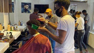 Photo of Somali barber in Turkey hopeful despite coronavirus setbac