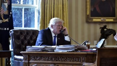 Photo of From pandering to Putin to abusing allies, Trump's phone calls alarm U.S. officials