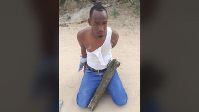 Photo of Shabaab suspect nabbed attempting to fire mortar shells in Mogadishu
